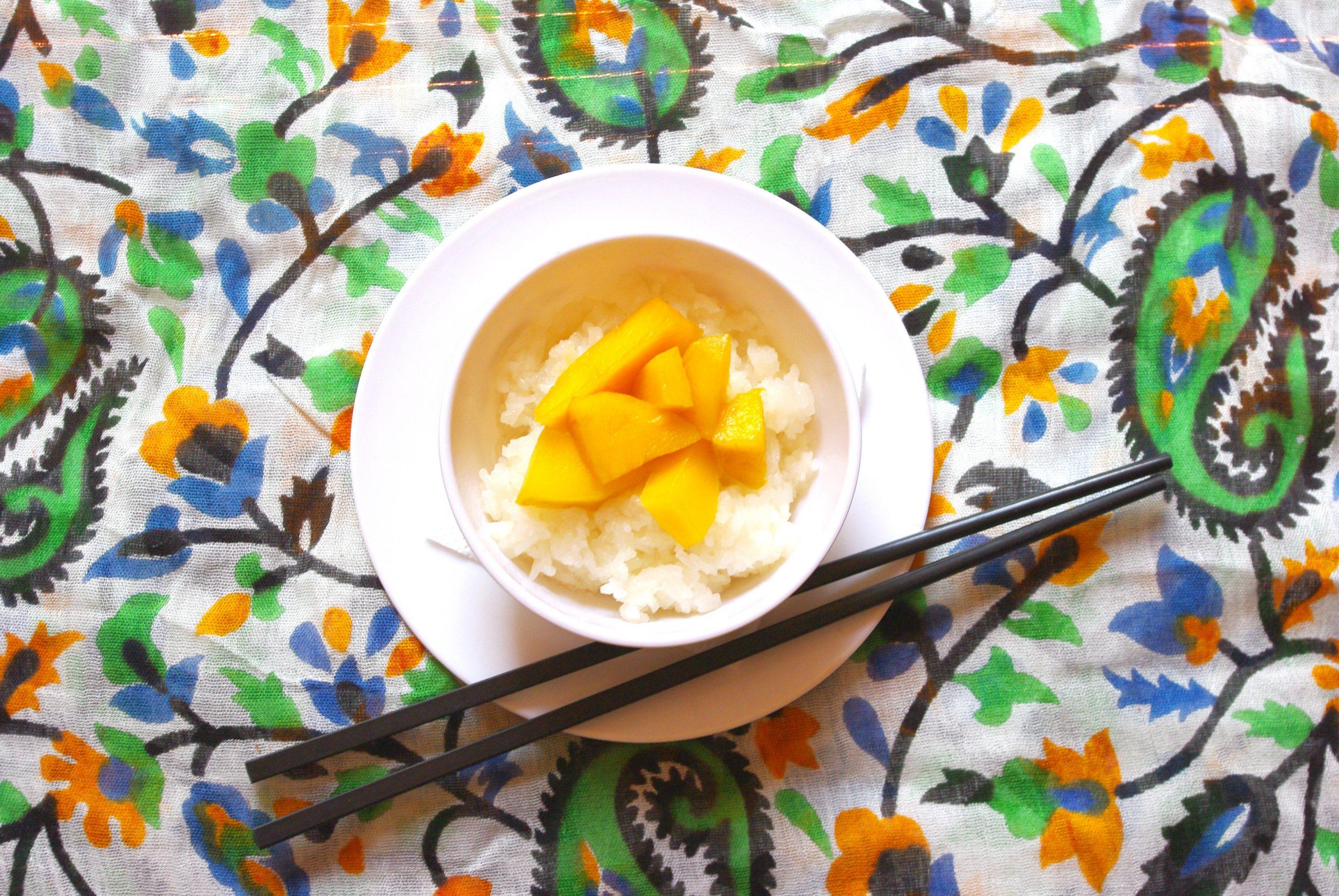 Sweet Sticky Rice with Fresh Mango